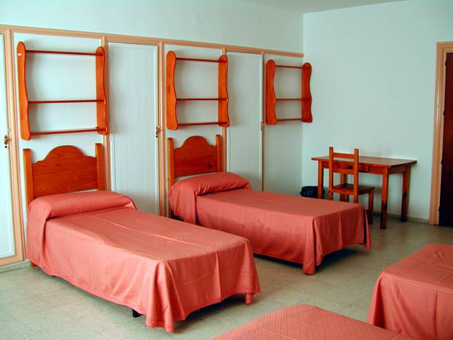 Residencia Pino Montano